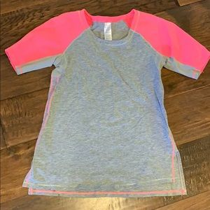Ivivva short sleeve top, bright pink and gray